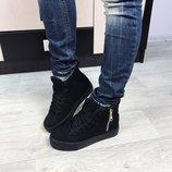 Женские ботиночки зимние на шнурках