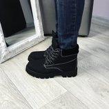 Женские зимние ботинки нубук чёрные