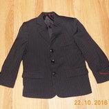 Красивый фирменный пиджак для мальчика 5 лет, 110 см