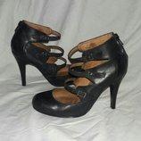 Туфли кожаные 36размер по стельке 23см