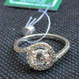 Новое красивое серебряное кольцо куб.цирконий Серебро 925 пробы