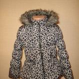 Теплая куртка на 5-6 лет, зимнее пальто от BHS утепленное, подкладка-флис капюшон тоже утеплен