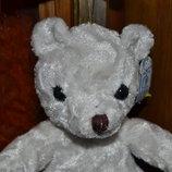 Белый мишка медвежонок