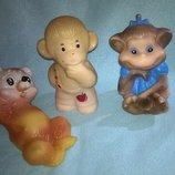 Резиновая винтажная коллекционная игрушка,гдр,кукла