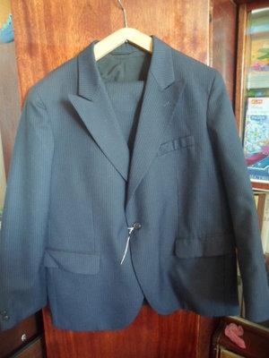новый мужской классический костюм на 1 пуговице 54 размера на рост 164 см