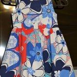 Красивое нарядное праздничное платье 3/5лет