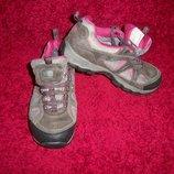 Фірмові шкіряні кросівки Karrimor, 38р. 24,5 см, Китай.
