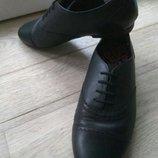Туфли кожаные Bootleg от Clarks р. 6,5G,26см
