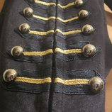 Красивая,стильная,женская стрейчевая жилетка под джинс с крупными пуговицами в гусарском стиле.XS-S.