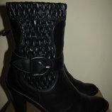 Чоботи брендові італійськіі шкіряні на цегейці іМarzetti® Оригінал Італія р.37 стелька 24,5 см