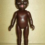 Редкая кукла Гдр негритенок полностью резиновая.22 см.