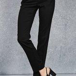 Новые черные зауженные к низу брюки Next размер 20 UK наш 54