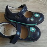 легенькие туфельки Clarks р 22.5 6 G Кожа