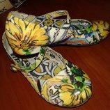 Dolce&Gabbana Италия красивенные туфли на каблучке 29р 18,5см