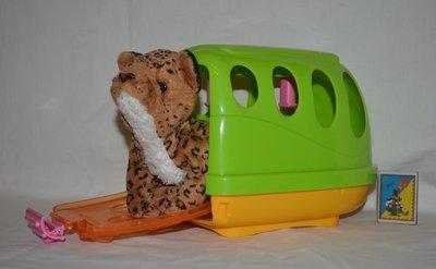 Большая корзинка переноска пластиковая для игрушечного любимца