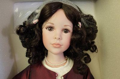 Шикарная кукла CHRISTIANE Jeanne Singer 70 см
