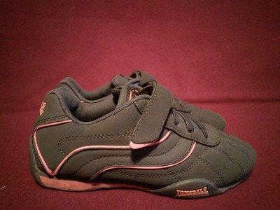 Фирменные серые кроссовки The Original Lonsdale London Англия 32 р.