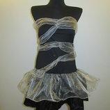 новое карнавальное платье размер Л Италия