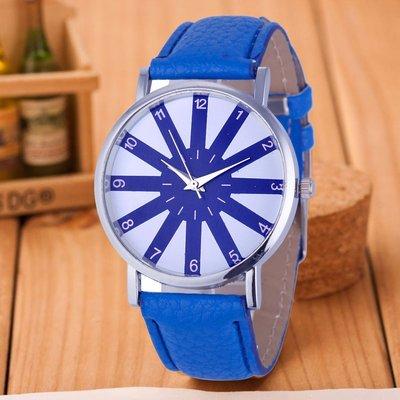 Ультрамодные часы с оригинальным дизайном, синие
