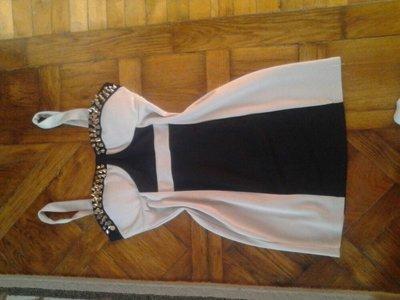 Бандажное платье с шипами