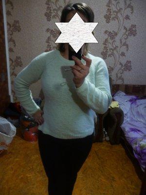 продам фирменный красивый свитер на разм 50 или XL, светло бирюзового цвета, в отличном состоянии, п