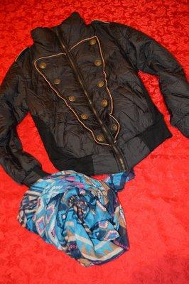 Теплая стильная куртка как новая очень дешево