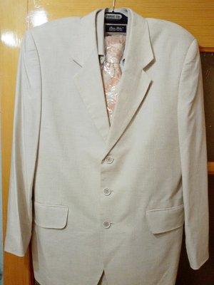Продано: Мужской льняной костюм размер 48-50 бренд Saymont Tay подарок.