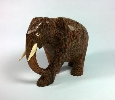 Крутой подарок Слон из кокосовой пальмы привезен из Шри Ланки декор статуэтка натуральный