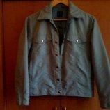 Курточка короткая голубая плащевка на синтепоне