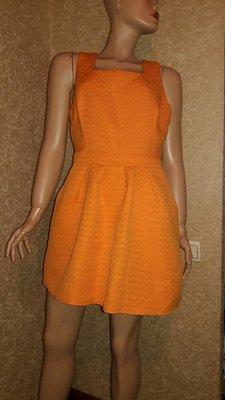 Платье рифленое размер л или 16