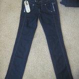 Нові джинси 27 розм. Плотні, якісні