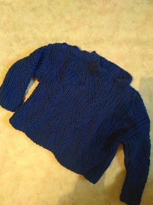 Стильный вязаный свитерок 9-12 мес.