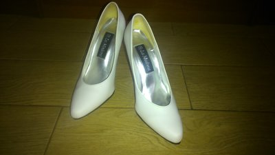 Белые туфельки, размер 36