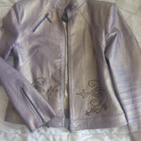 Интересная курточка р.44-46