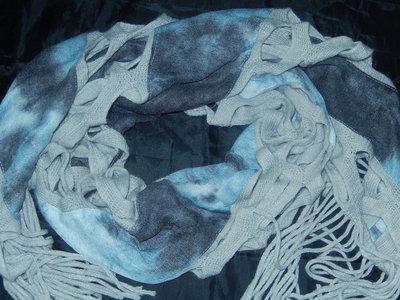 Классный шарф необычной формы,сток