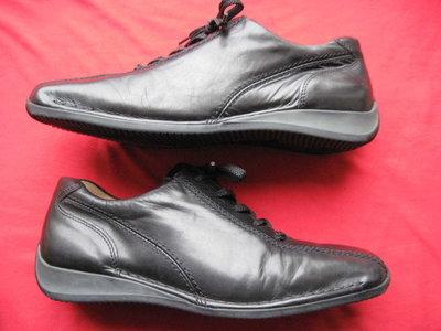 Gabor 41, 26 см кожаные кроссовки спортивные туфли женские