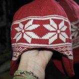 Совсем новая tcm брендовая шапка красная снежинки вязаная флис
