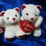 Игрушки 2 медведя с сердцем Я тебя люблю