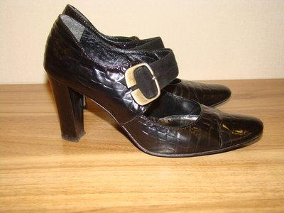 Продам туфли натур.кожа 36р.