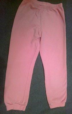 Двое пижамных штанишек и кофточка из Сша на девочку 4-6 лет