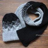 Вязаная шапочка косами и шарф ручной работы градиент