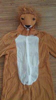Карнавальный костюм Лев на 7-8 лет.