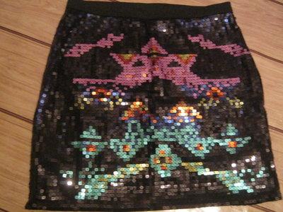 Стильная гламурная мини юбка расшитая цветными пайетками. Новая. XS-S, 42-44.