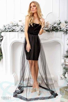 Маленькое бархатное платье