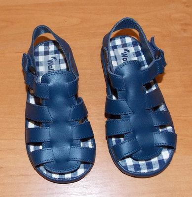 Новые босоножки Walkingright для мальчика , размер 7 16 см