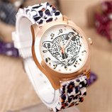 Акция стильные часы, часики Леопард. Новые В Наличии