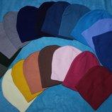 Новая шапка бини ровная вязка цвета разные