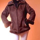 Куртка теплая,новая ,классная