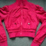 фирменная куртка весна на 14-15 лет