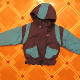 Продам на мальчика куртку на 3-4 года